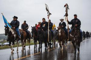 web_th_nodapl-riders_rain-9534-thosh_collins